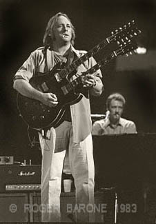stephen stills double neck gibson