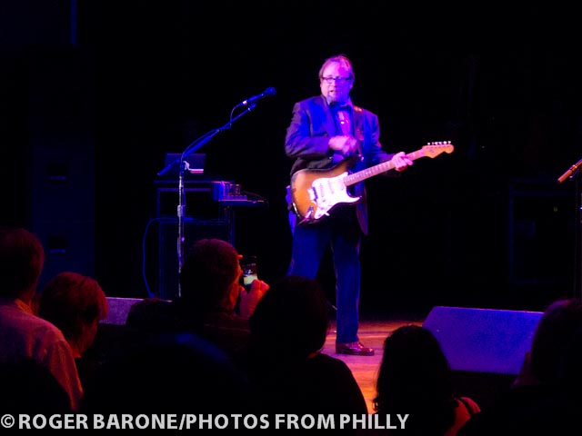 Stephen Stills plays Fender Stratocaster guitar during Atlantic City concert on (10/15/2011) photo © roger barone 2011